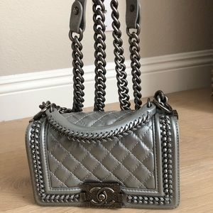 Chanel small le boy with handle